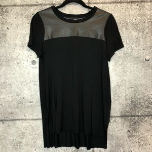 Aritzia // Wilfred Free // Faux Leather Detail Tee